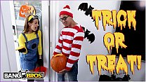 bangbros trick or treat smell evelin stone s feet. bruno gives her something good to eat.